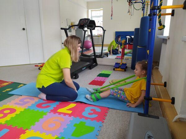 Благотворитель оплатил курс реабилитации ребенка